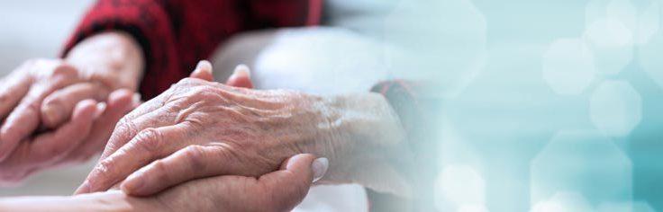 Proche aidant familial : de quelles aides pouvez-vous bénéficier ?
